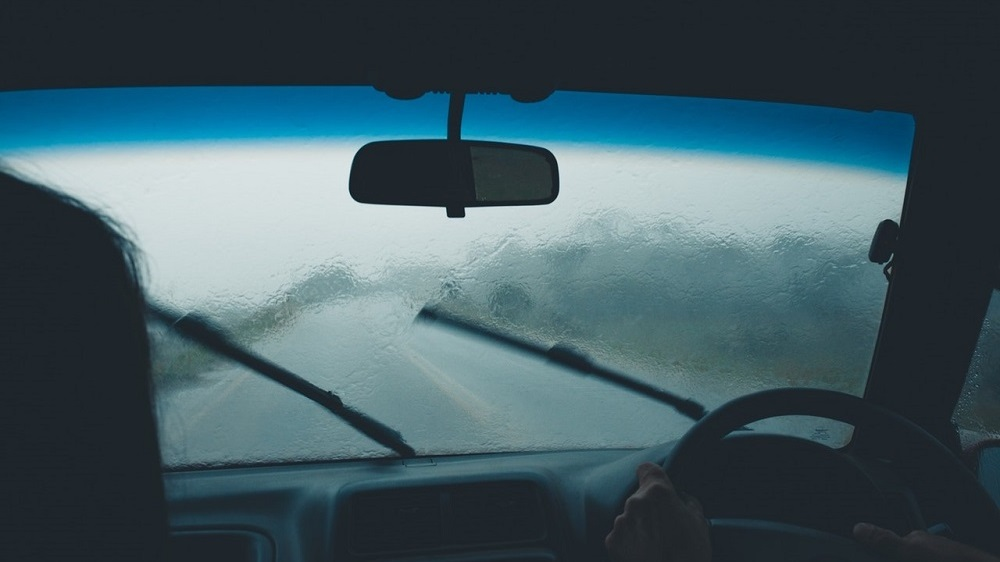 9 Ways To Protect Your Replaced or Repaired Windscreen